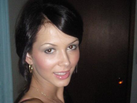Korisničko ime: Marijana Godina: 23 Država: Srbija Grad: Valjevo Sex.opredeljenje: Heteroseksualno Oglas: Manekenka i model. Obožavam svoj posao. Malo narcisoidna, kako kažu. Uvek vrela i uvek spremna za vruće dopisivanje sa momcima i zrelim muškarcima. Tražiš devojku za vruće dopisivanje? […]